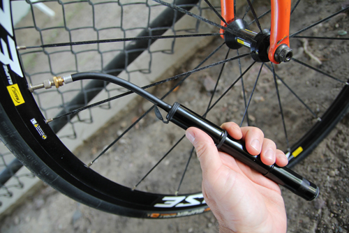 Hose Equipped Mini Bike Pump Put To Test
