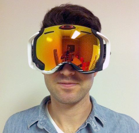 f92224210a5  650 Oakley Goggles Have GPS