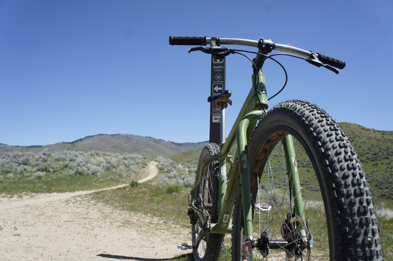 Move Over 29er First Look At 31 Inch Monster Mountain Bike Wheels