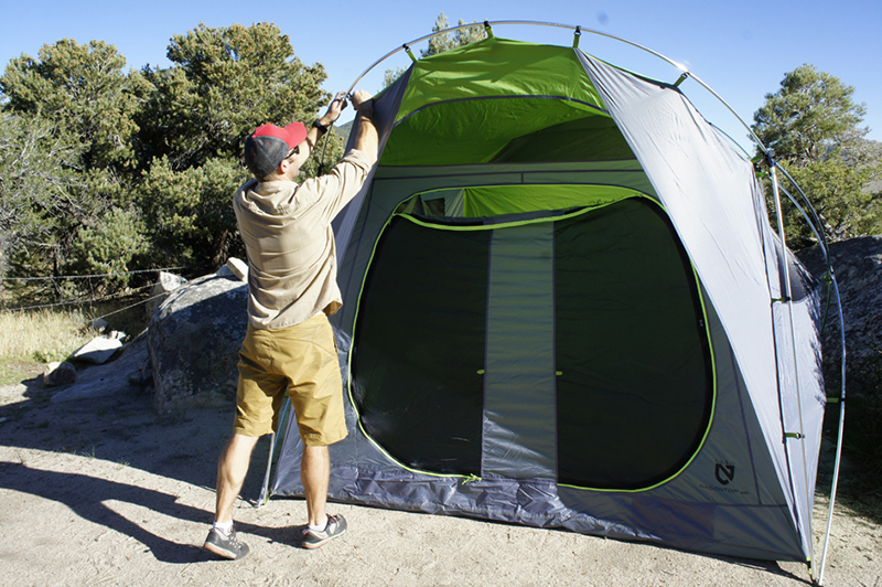 Two aluminum poles with central hub provide the frame. Plastic clips attach tent to the frame. The tent is offered in green/grey and blue/khaki. & First Look: Big Tall Tent From Nemo